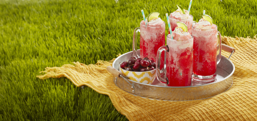 Cherry Fro-Yo Float