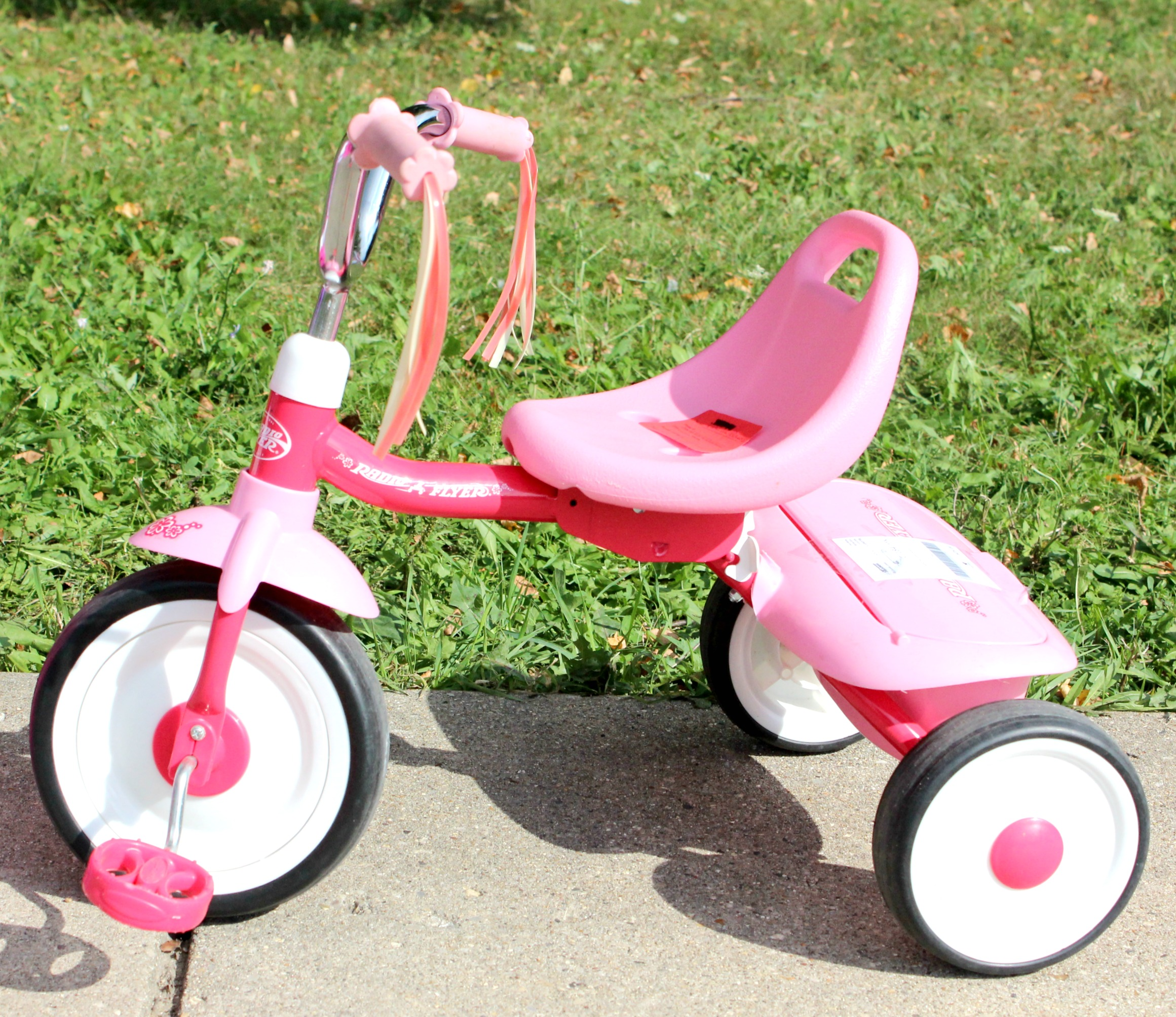 pink radio flyer first bike